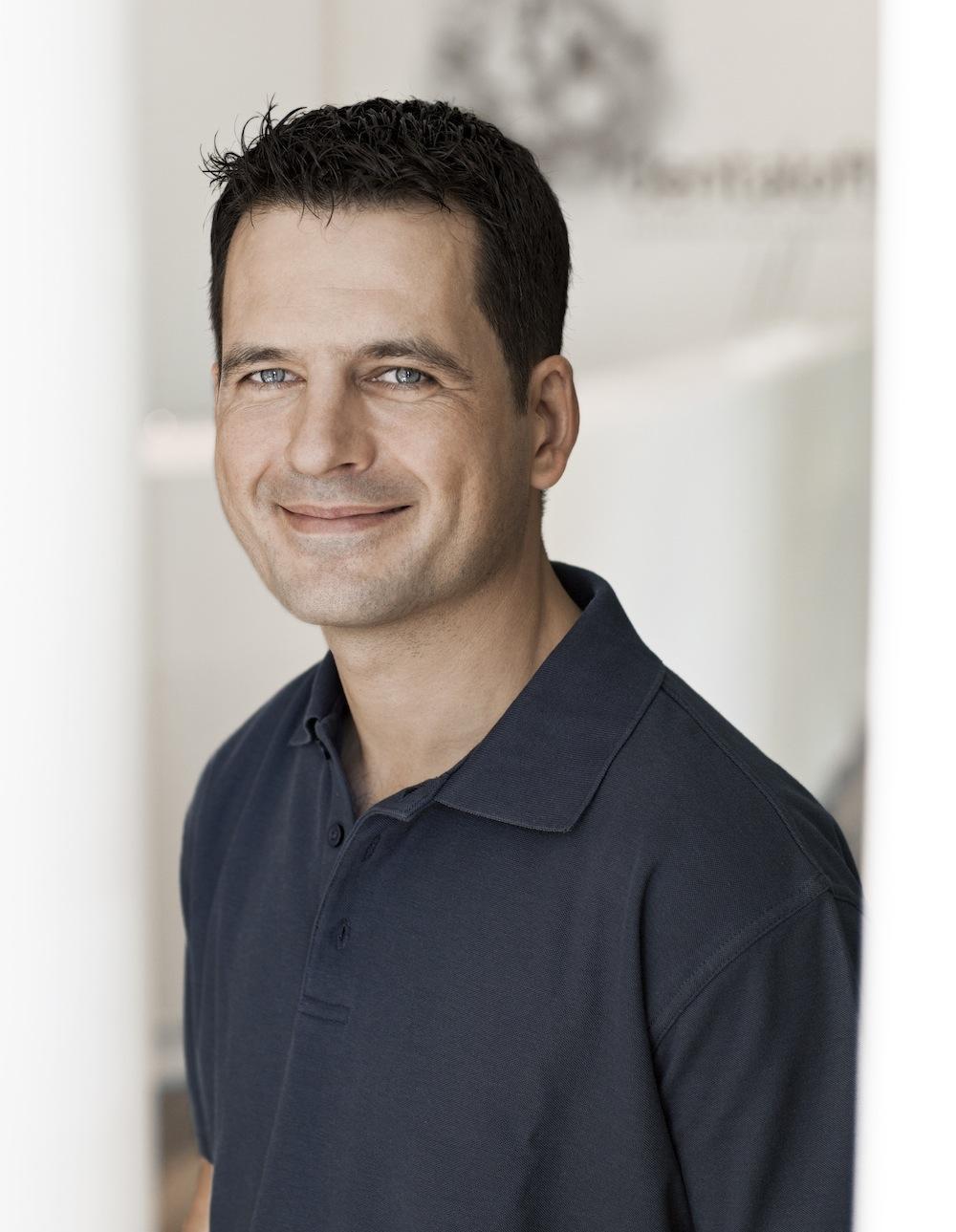 Dr. Dirk Kujat